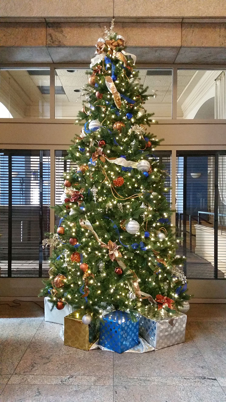 How to start a christmas decor business - Christmas Decoration Ideas For A Business
